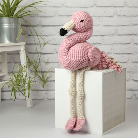 APRIL THE GIANT FLAMINGO CROCHET KIT