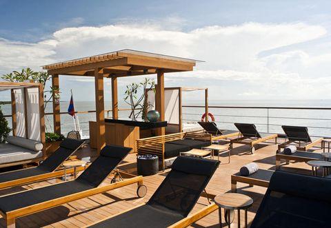 Boat resort