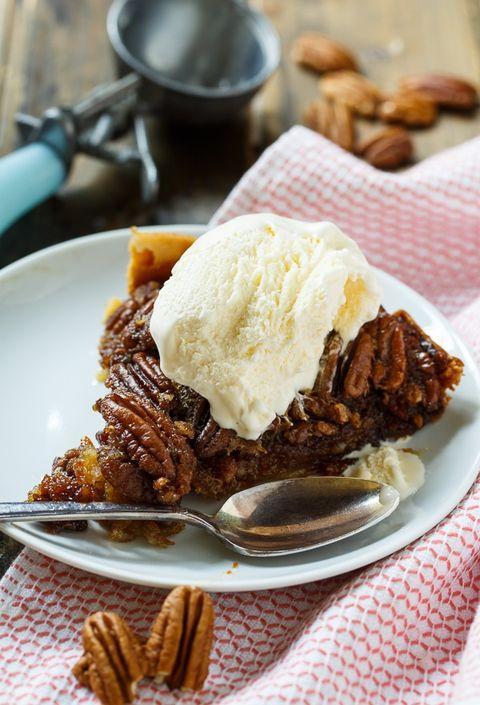 slow cooker thanksgiving recipes pecan pie