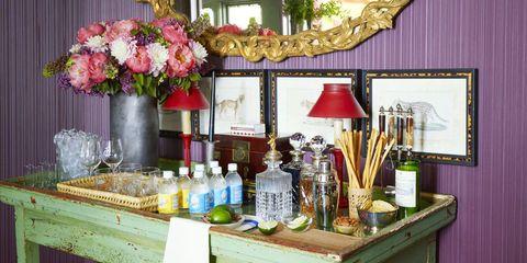 Floristry, Flower Arranging, Floral design, Flower, Plant, Room, Interior design, Building, Brunch, Table,