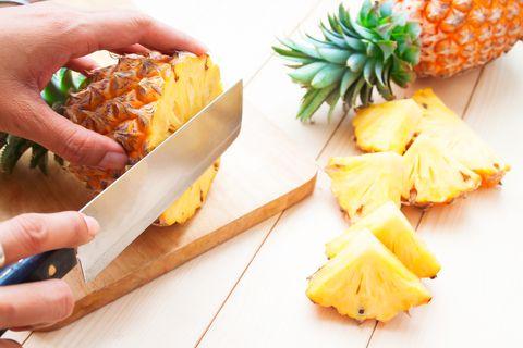 「鳳梨減肥法」好處多!減脂排毒又助消化,早餐這樣吃月瘦六公斤不復胖!