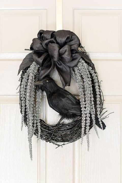 crow diy halloween wreath