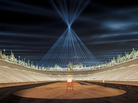 dior 2022早春度假系列在希臘雅典運動場舉行