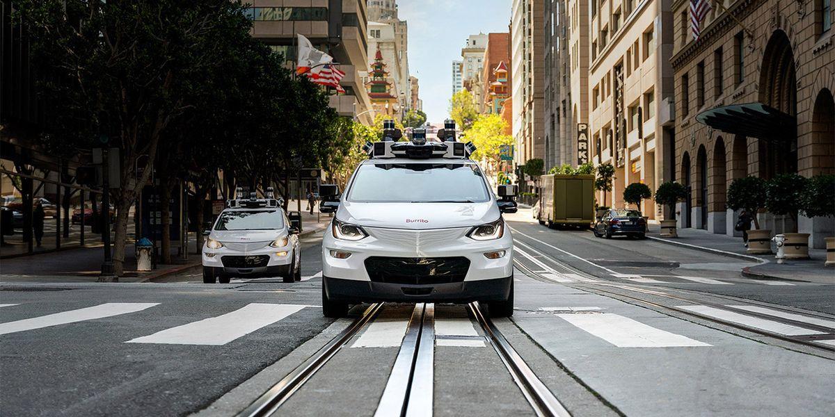 Los coches autónomos de GM ya pueden transportar pasajeros en California