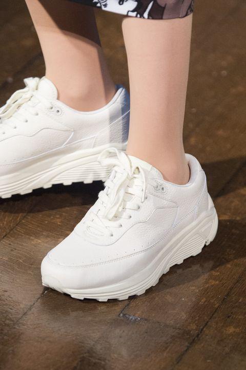 Sneakers moda autunno 2018  25 modelli perfetti per l Autunno ... 722d6691635