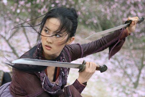 atriz que vai interpretar Mulan
