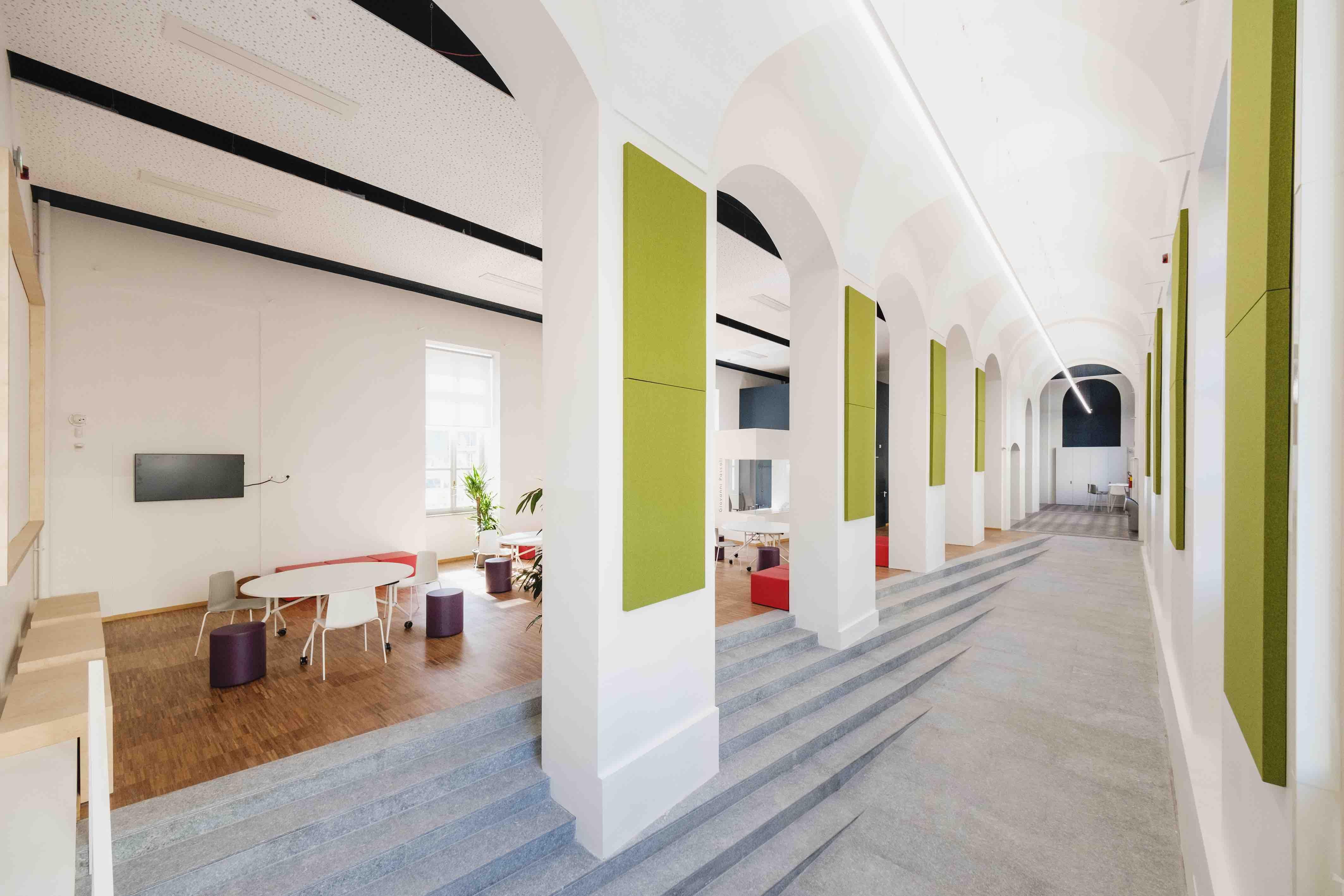 Lavoro Per Architetti Torino la scuola pascoli di torino progettata da archisbang e