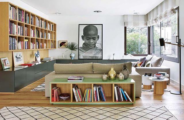 un chale reformado con toques de diseño   trasera del sofá