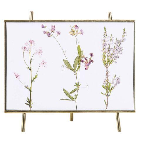 Muebles para el dormitorio: Cuadro de flores