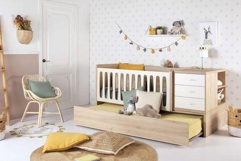 cuna y cama de madera con cajones