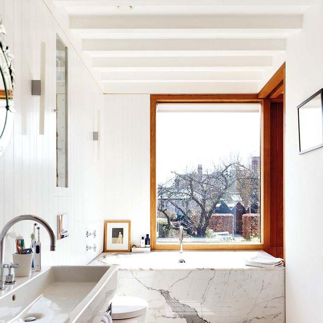 Room, Property, Interior design, Bathroom, Furniture, House, Floor, Building, Home, Sink,