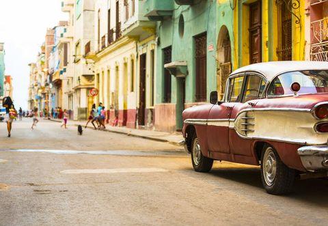 Motor vehicle, Road, Window, Vehicle, Infrastructure, Neighbourhood, Classic car, Street, Town, Car,