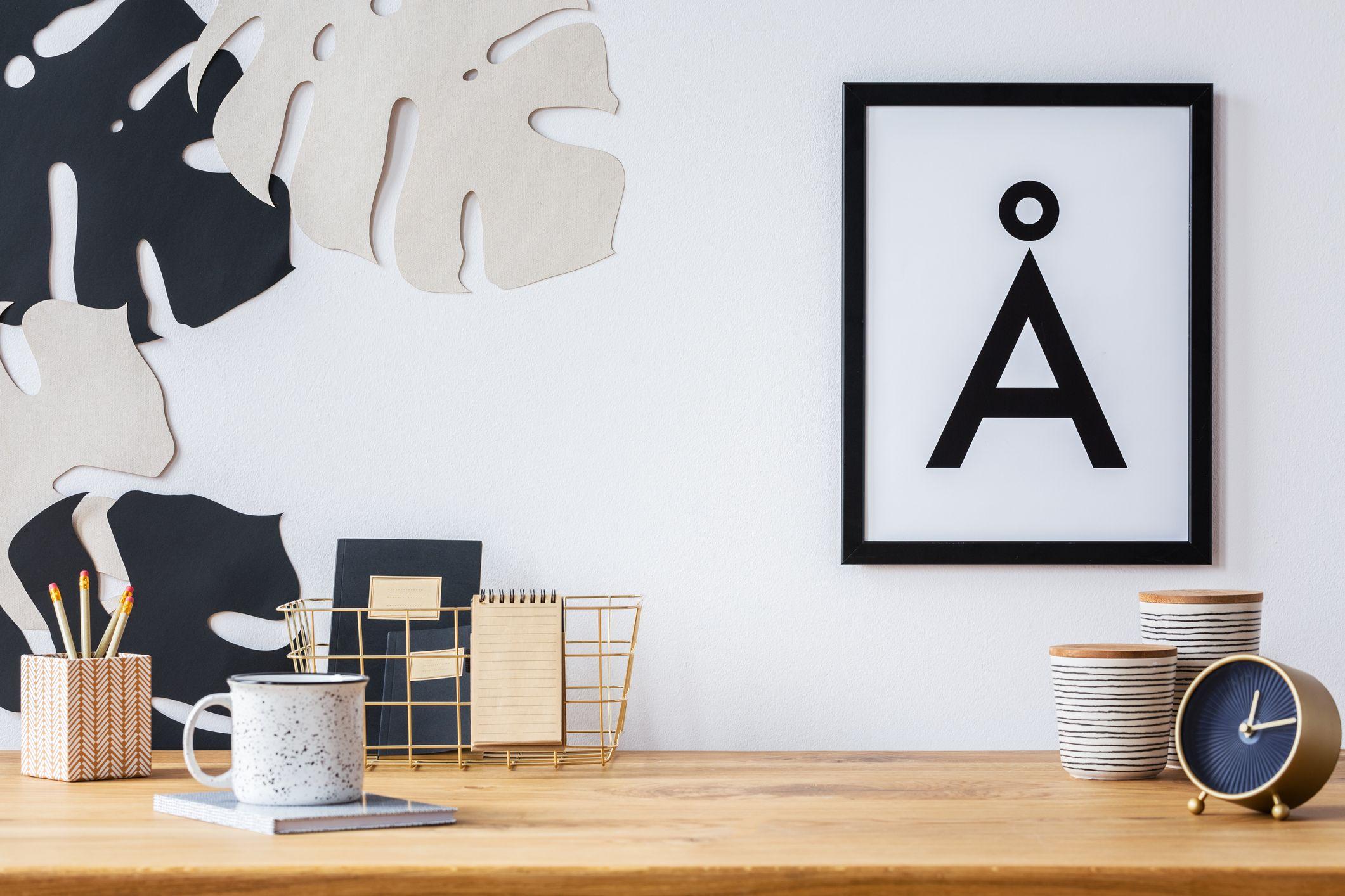 Best Cubicle Decor Ideas - Creative