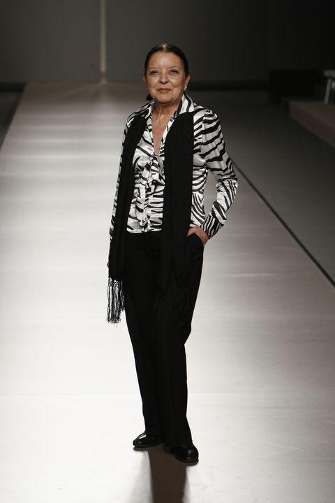 983db0489e image. IFEMA. Hoy el mundo de la moda nacional dice adiós a Leonor Pérez  Pita