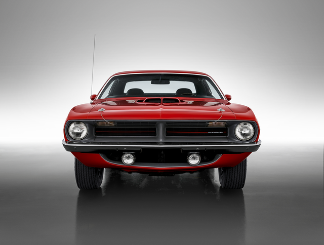 a 1970 plymouth barracuda manufactured by the chrysler corporation