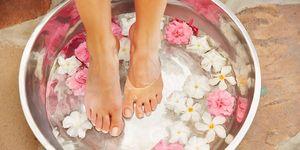 Cuidado de los pies en verano. Hidratar yproteger