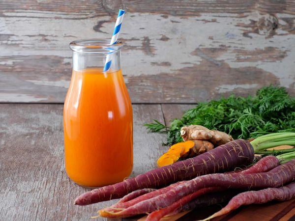 Raffreddore: tra i rimedi naturali più efficaci miele e curcuma - Marieclaire