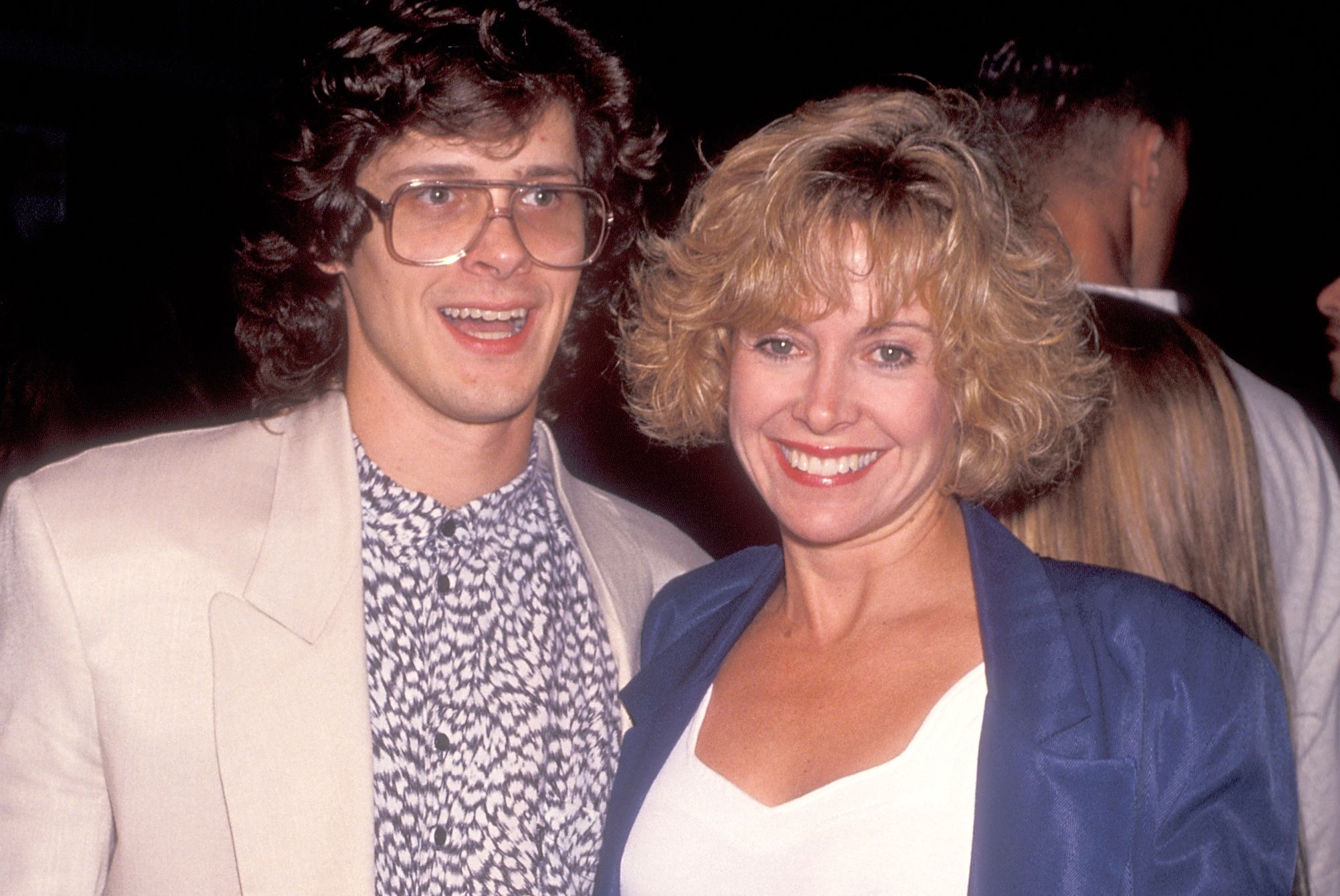 Catherine Hicks y Kevin Yagher