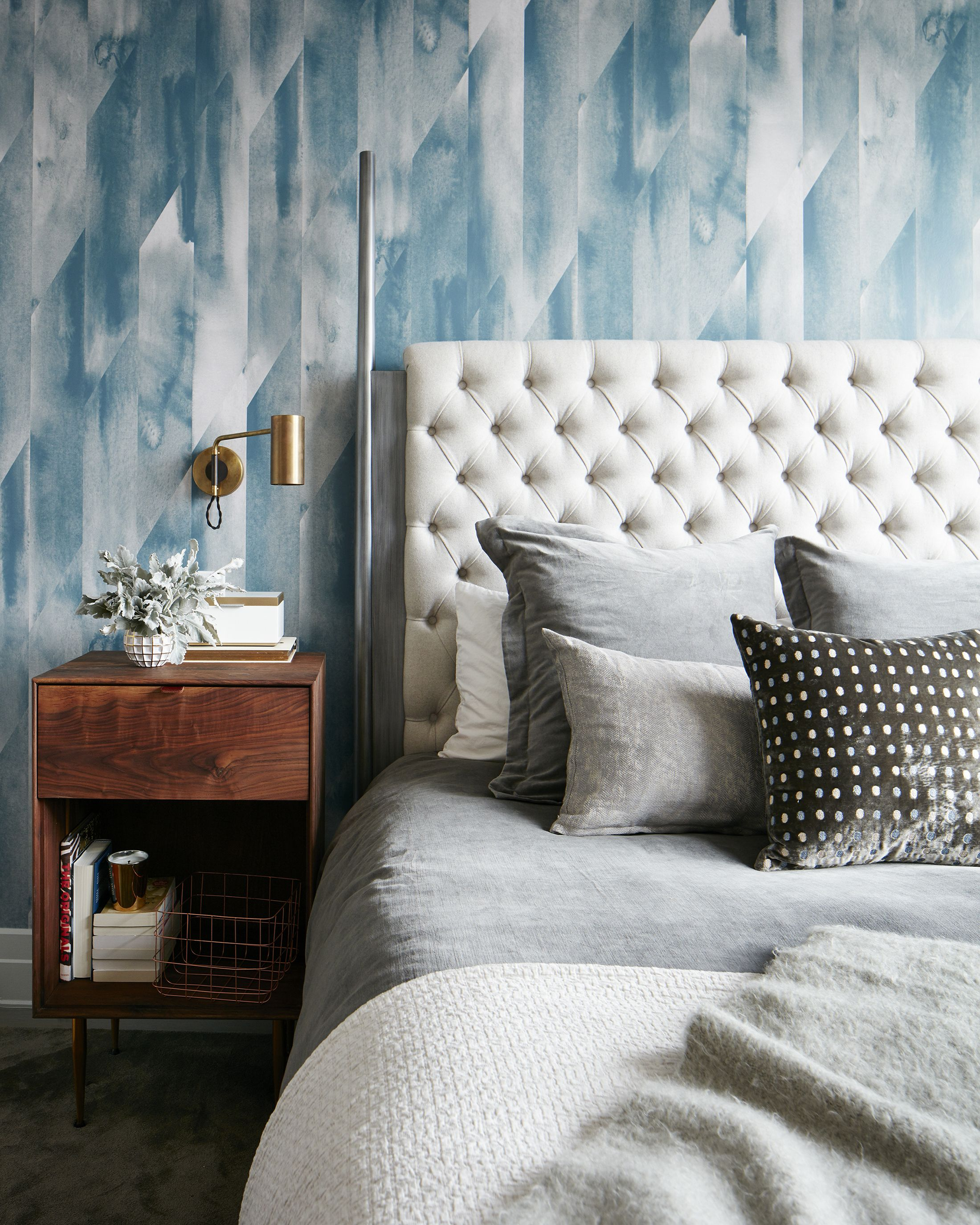 Delicieux Tastefully Wallpapered Bedrooms