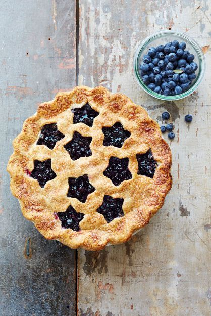 Dish, Food, Cuisine, Dessert, Ingredient, Blackberry pie, Baked goods, Blackberry, Berry, Pie,