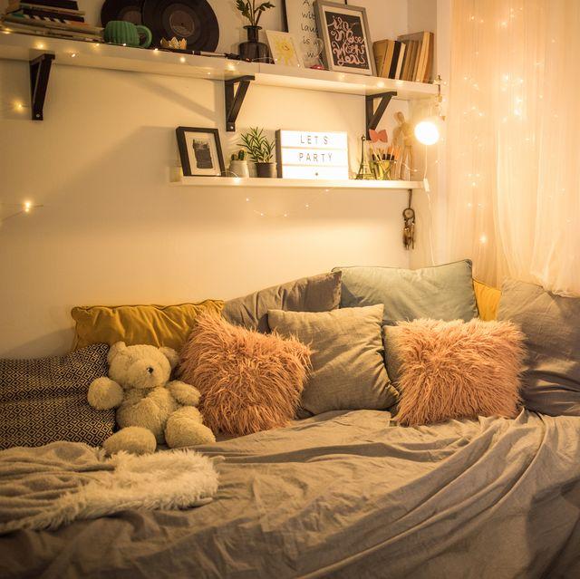 35 College Dorm Room Essentials 2020 Cute College Dorm Items