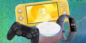 Cyber Monday 2019 - Nintendo Switch Lite, Echo Dot 3rd gen, Fitbit Charge 3, PS4 controller
