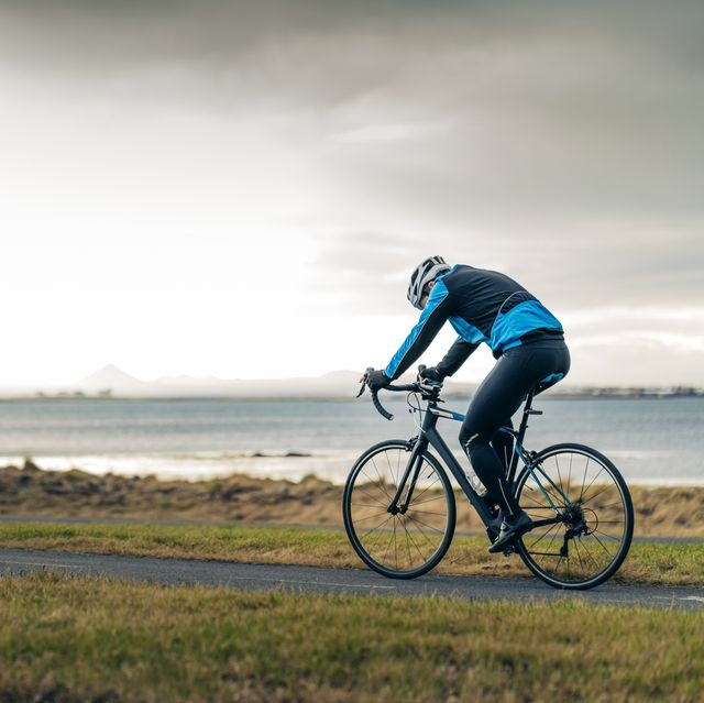 Does Cycling Help You Lose Weight? | Cycling Weight Loss Tips