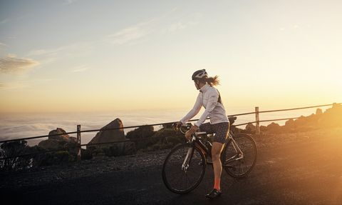 How Mindfulness Can Make You a Better Cyclist (and 4 Tips for How to Do It)