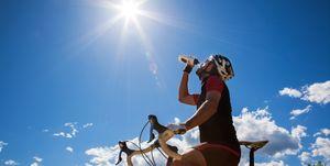 Vier tips om oververhitting op de fiets te voorkomen