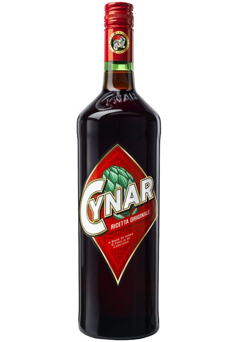 Liqueur, Drink, Alcoholic beverage, Distilled beverage, Bottle, Bell peppers and chili peppers, Chili pepper, Ingredient,