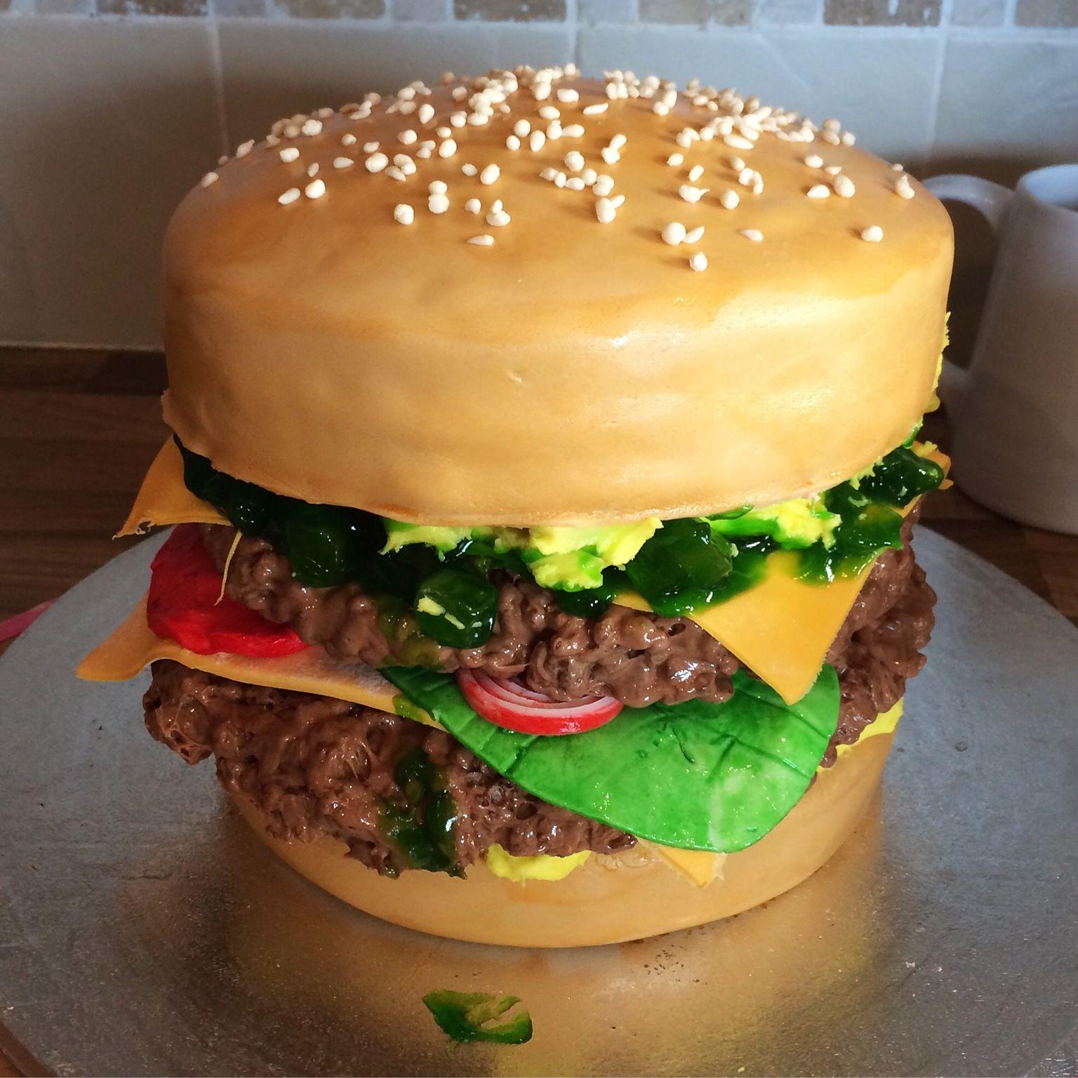 This Hamburger Cake Looks So Much Like An Actual Hamburger It Will ...