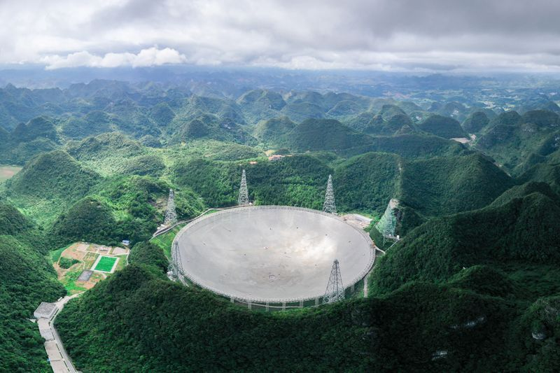 China's Big Boy Telescope Is Finally Ready to Hunt Some Aliens