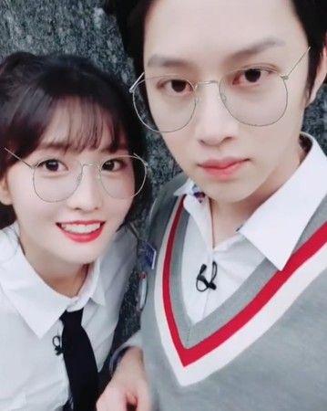 韓星情侶 - 希澈、MOMO