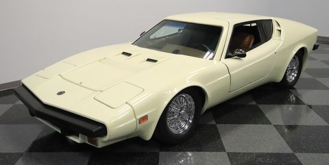 Land vehicle, Vehicle, Car, Sports car, Coupé, Classic car, Automotive design, Supercar, Sedan, Hardtop,