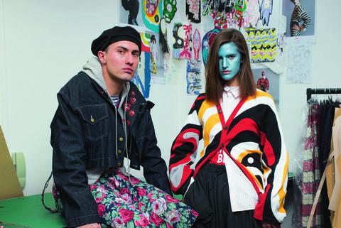 Fashion, Footwear, Fashion design, Shoe, Street fashion, Costume, Knee, Style,