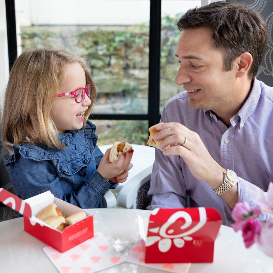 A Kansas Chick-Fil-A Started an Annual 'Daddy-Daughter Date Night' and Now Hundreds Of Locations Are Joining