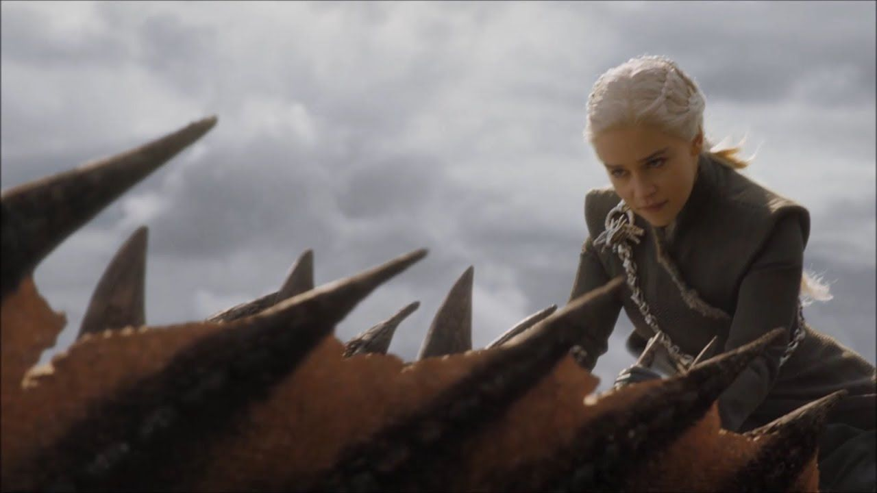 'Juego de Tronos' 8x05 Gran Batalla Final - Emilia Clarke