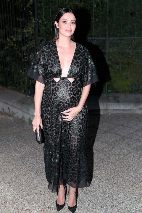 La actriz Dafne Fernández presume de embarazo en lafiesta 30ºAniversario Vogue