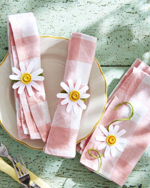 daisy napkin rings