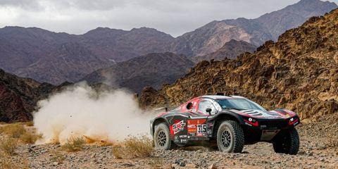 Land vehicle, Vehicle, Car, Regularity rally, Dust, Motorsport, Race car, Off-road racing, Racing, Off-roading,