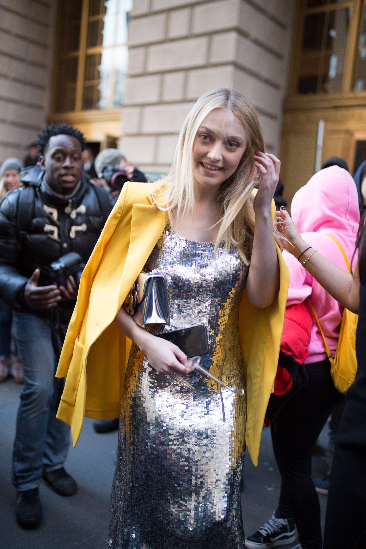 Dakota Fanning durante la Semana de la Moda de Nueva York