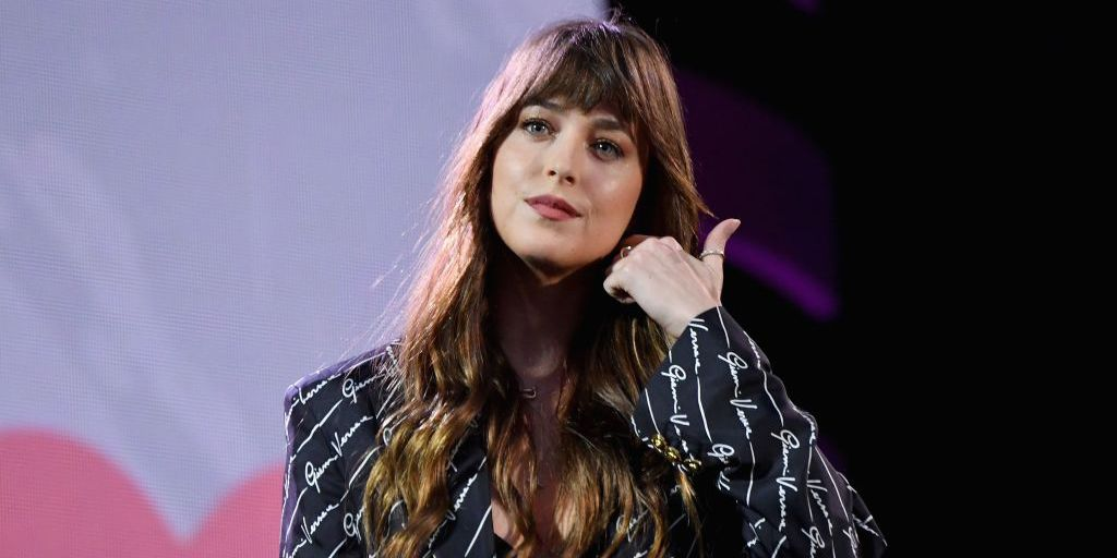Did Dakota Johnson come out as bisexual? Twitter seems to think so