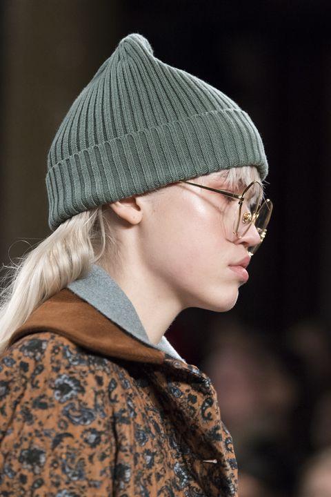 tendenze accessori inverno 2021 cappelli lana