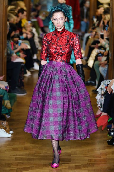 Fashion model, Fashion, Clothing, Fashion show, Haute couture, Runway, Dress, Pink, Magenta, Fashion design,