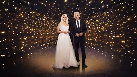 holly willoughby and phillip schofield    dancing on ice