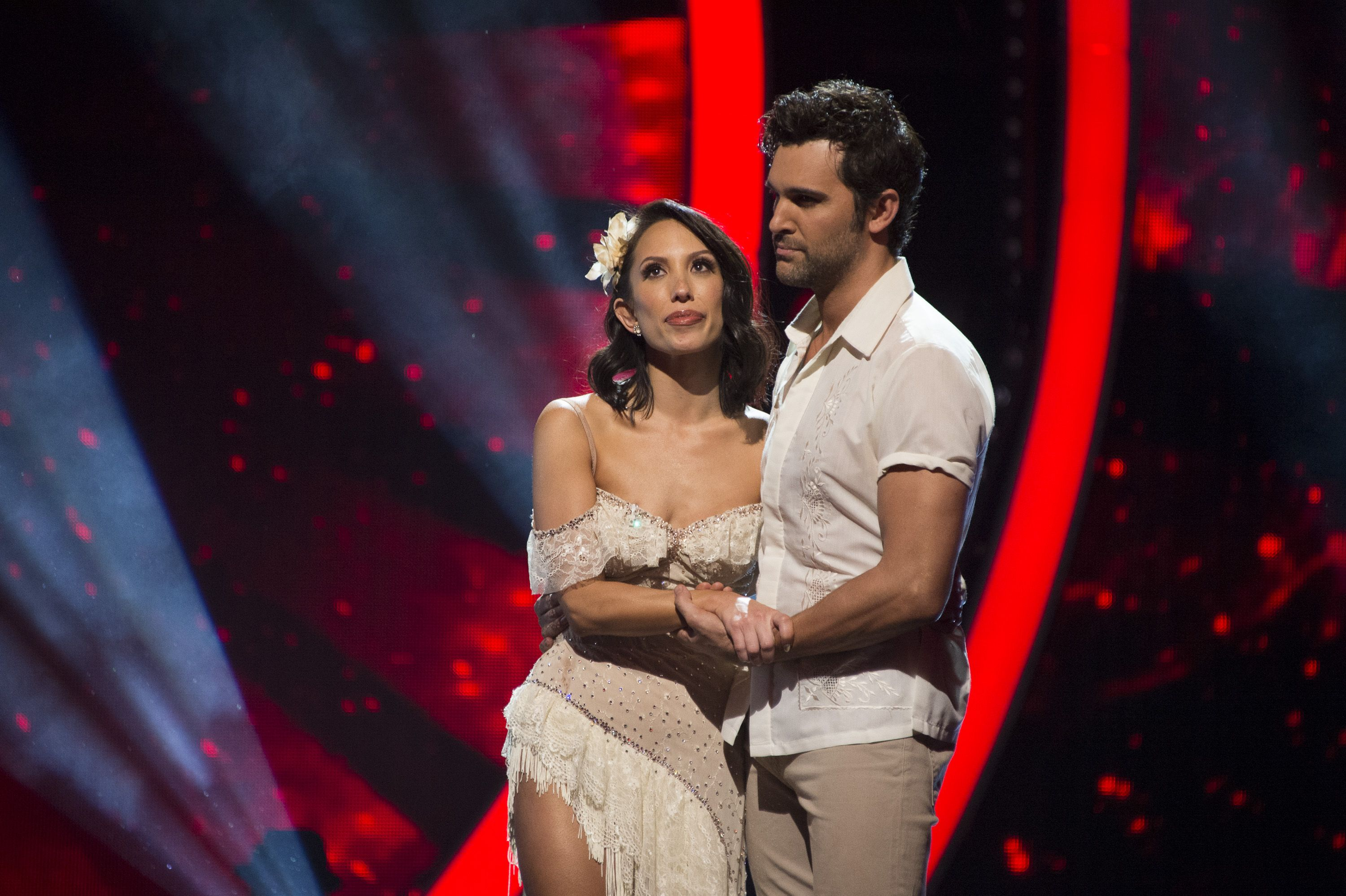 dancing with the stars fans are still freaking out over juan pablo