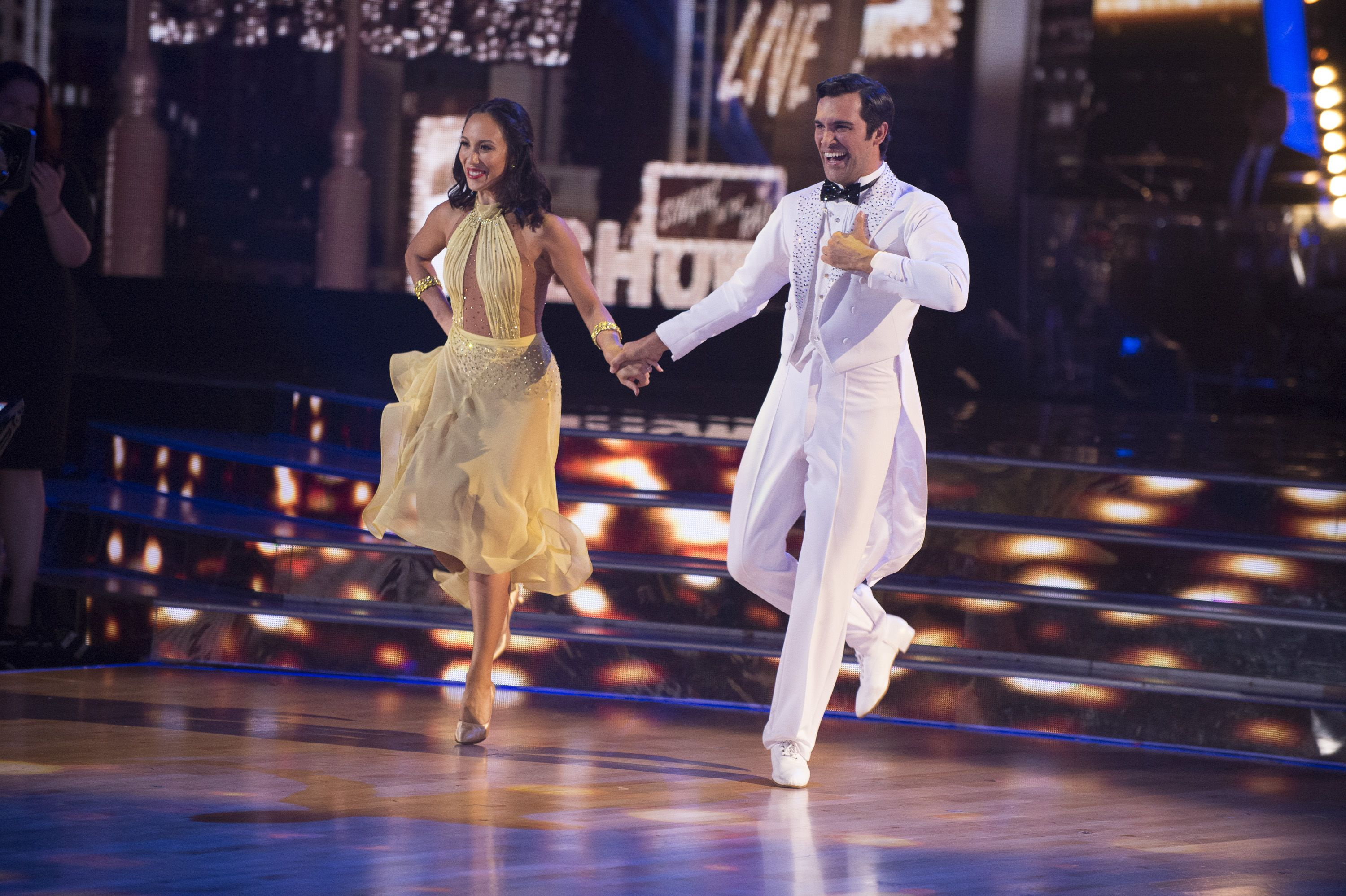 dancing with the stars juan pablo di pace has an incredible singing