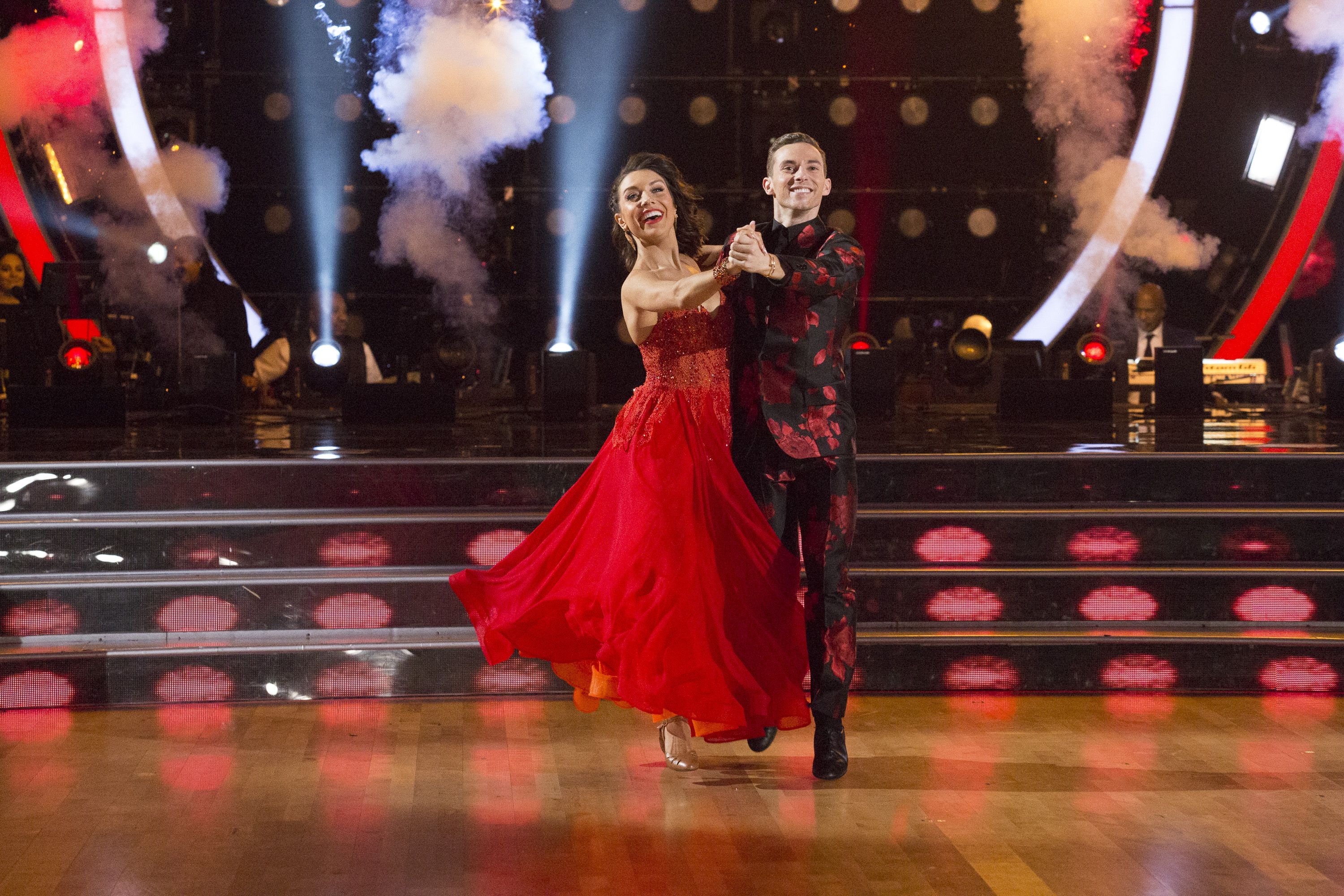 Dancing with the stars hook up rumors 2018