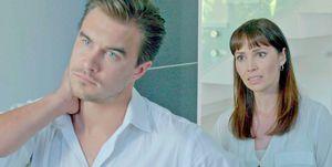 Emily O'Brien y Rob Mayesen una escena de 'Un matrimonio peligroso'