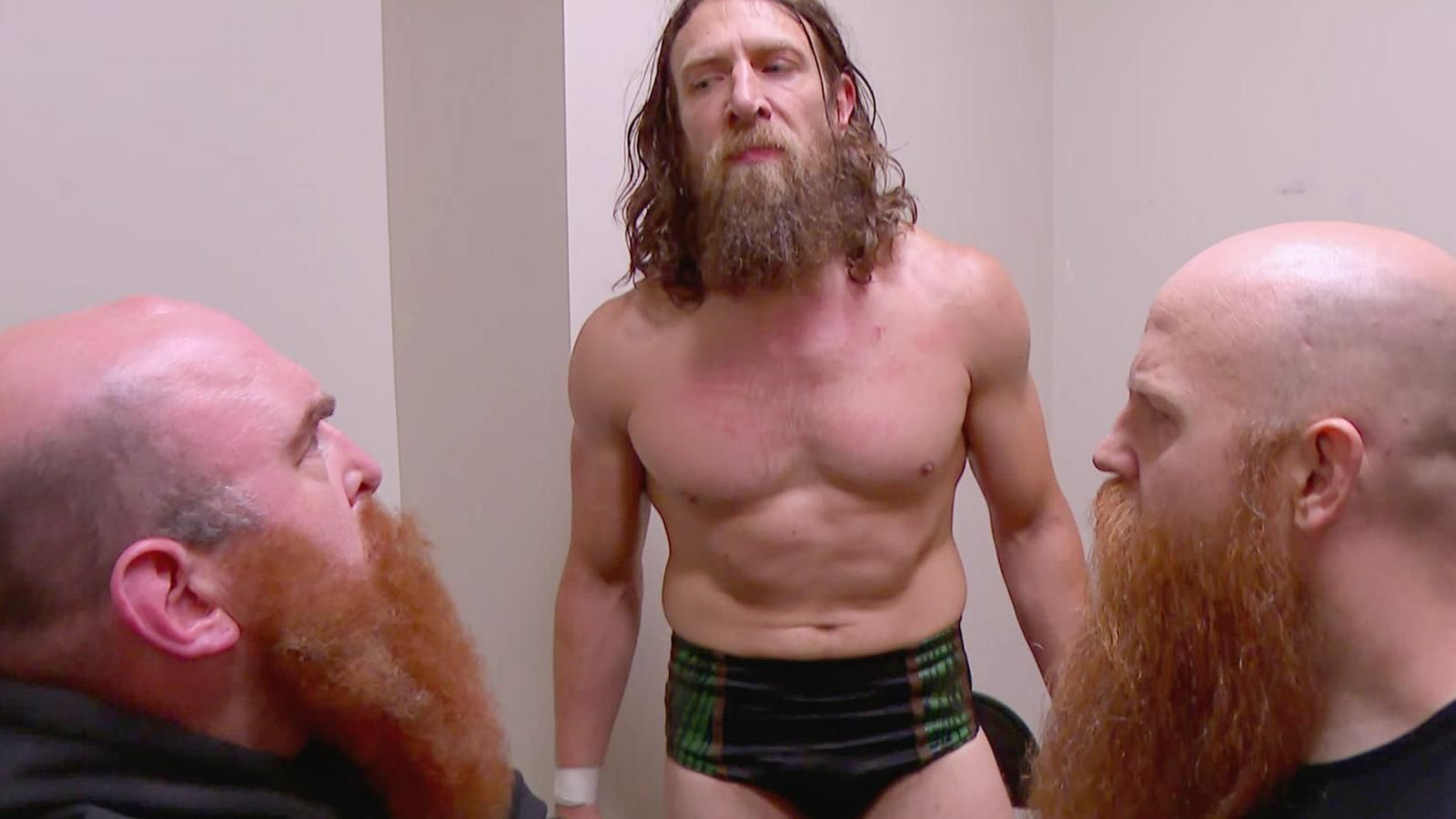 WWE SmackDown Live results: 4 things we learned as Daniel Bryan and Rowan get weird